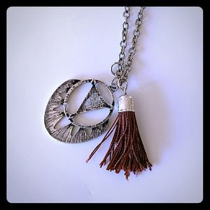 Full tilt boho necklace